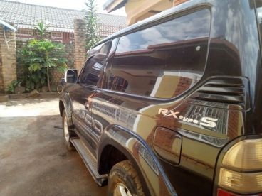 Pre-owned Toyota Land Cruiser Prado 2.8L  3 Door for sale in