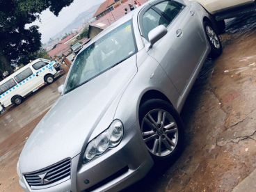 Pre-owned Toyota Mark X 2.5DBA for sale in