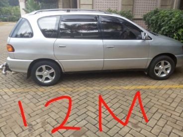 Pre-owned Toyota ipsum for sale in