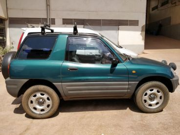 Pre-owned Toyota Rav 4 1998 for sale in
