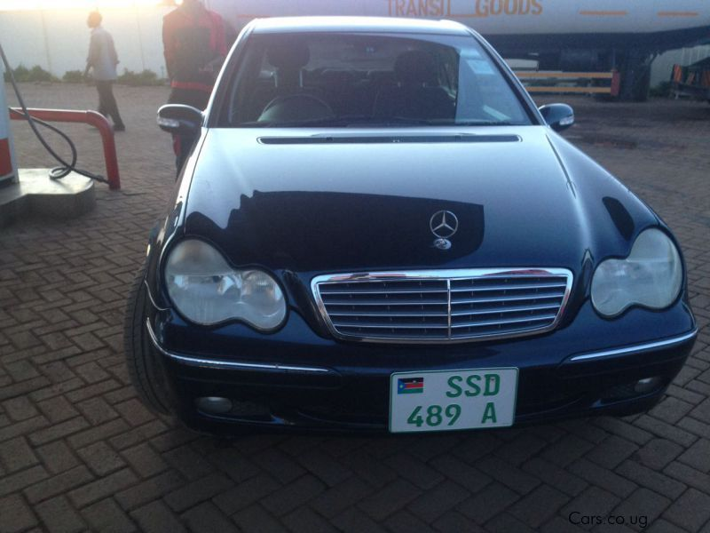 Pre-owned Mercedes-Benz C240 for sale in Kampala