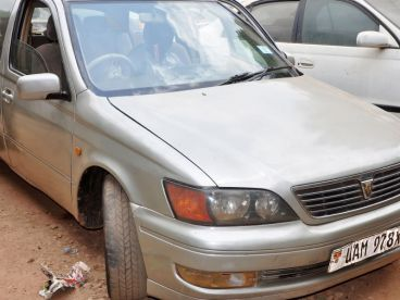 Pre-owned Toyota vista saloon for sale in