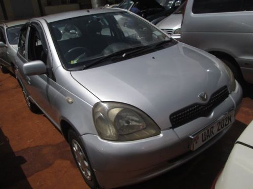 Used Toyota Vitz for sale in Kampala