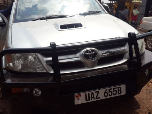 Used Toyota Hilux VIGO for sale in Kampala