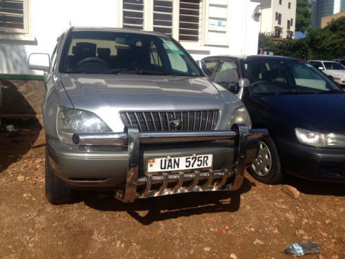 Used Toyota Harrier for sale in Kampala