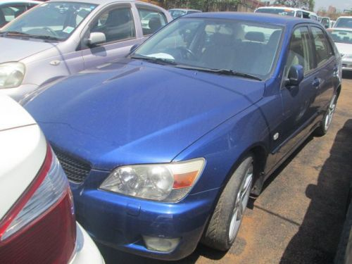Used Lexus IS 200 for sale in Kampala