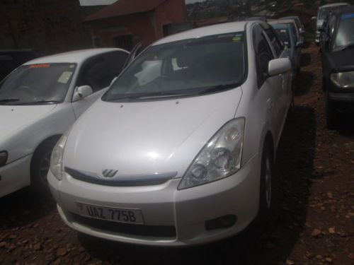 Used Toyota Wish for sale in Mukono