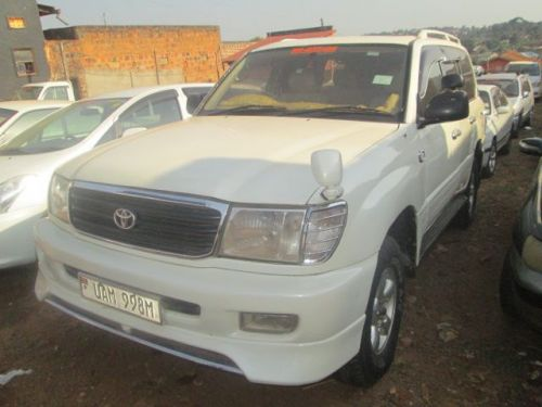 Used Toyota Land Crusier V8 for sale in Mukono