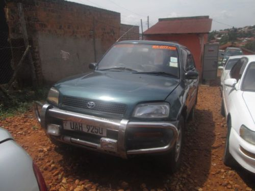 Used Toyota Rav4 for sale in Mukono