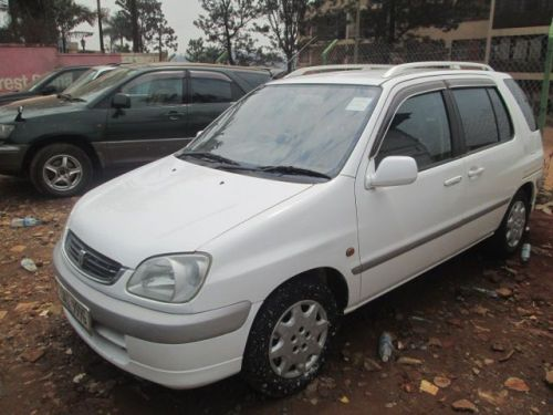 Used Toyota Raum for sale in Bakuli Kampala