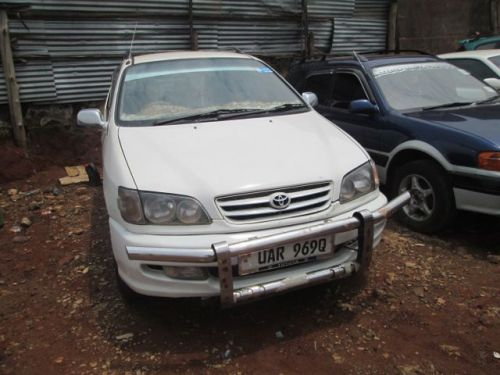 Used Toyota Ipsum for sale in Bakuli Kampala